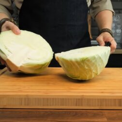 """Nowy przepis na """"śmietankową"""" kapustę: smaczniejsza niż zasmażana oraz dużo łatwiejsza w przygotowaniu"""