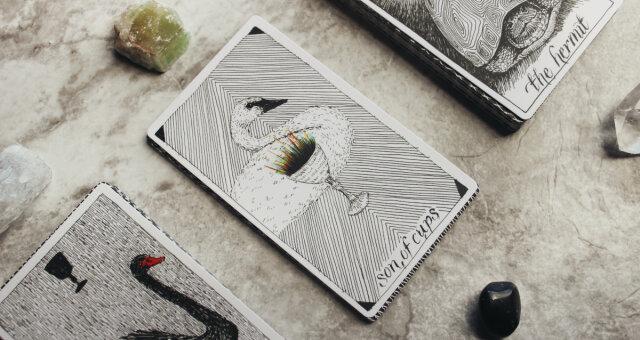 Wybierz kartę i dowiedz się, co przygotował dla Ciebie los