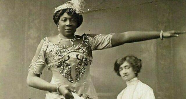 Madame Aboma to gigantyczna kobieta